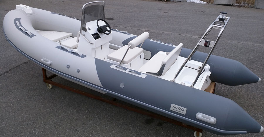 Invicta-F520